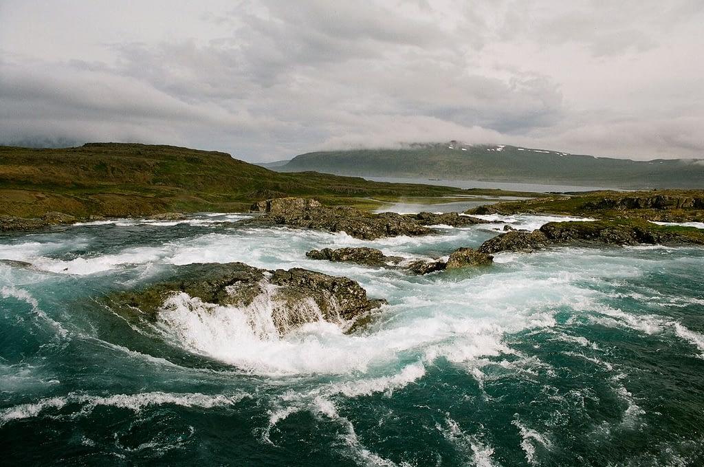 Hvalá rennur um Drangajökulsvíðerni, ljósmynd Rakel Valgeirsdóttir, landvernd.is