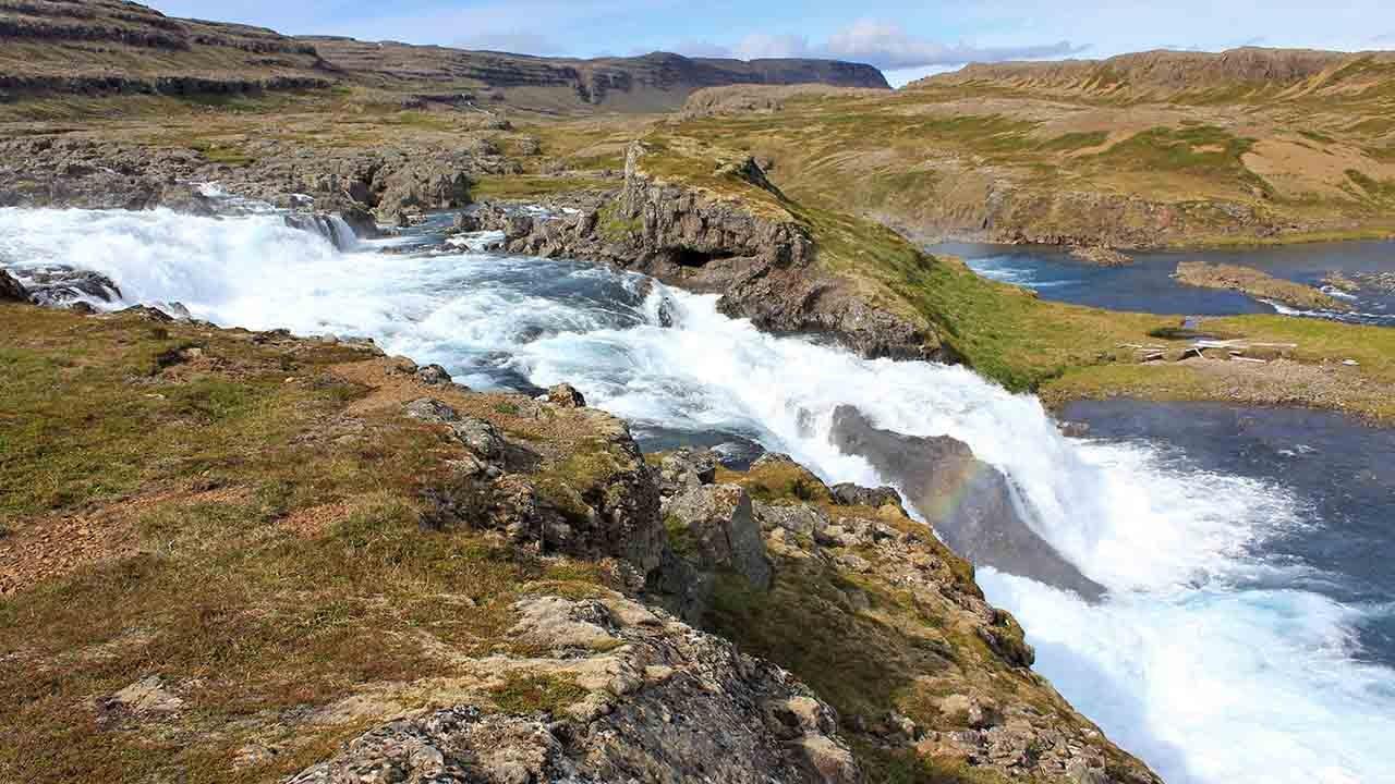 Hvalárósar við Ófeigsfjörð. Óspillt náttúra Hvalár og Drangajökulsvíðernis er í hættu, höfnum stóriðju og verndum náttúruna, landvernd.is