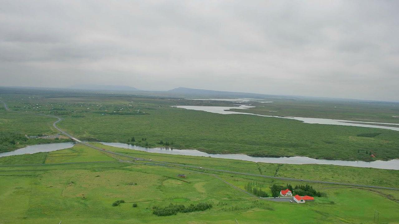 Alviðra í Ölfusi og Öndverðarnes eru einstakt útivistarsvæði þar sem hægt er að njóta náttúrulegs skógar og lífbreytileika.